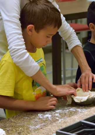 Kid's Pie Making Class 9.19.15-216