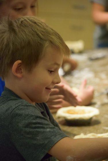 Kid's Pie Making Class 9.19.15-247