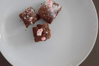 Dark Chocolate Peppermint Brownies-015