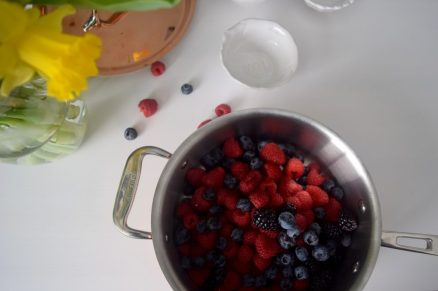 Quick Triple Berry Jam-003
