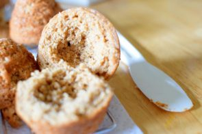 Honeybee Cupcakes and Bread Pudding-020