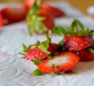 Lemon Custard Strawberry Tiara Cake-014
