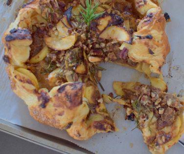 pecan-apple-cheddar-rosemary-galette-027