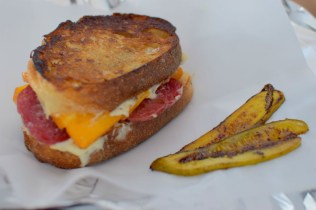 smoked-cheddar-salami-grilled-cheese-012