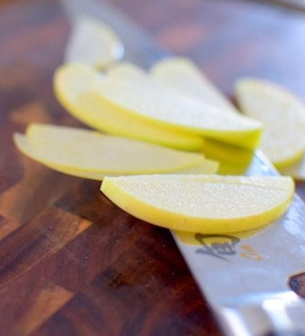 flaky-apple-pecan-tart-004