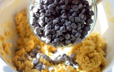 marzipan-chocolate-chip-cookies-019