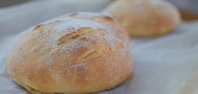 Artisan Basil Bread & Lime Butter-007