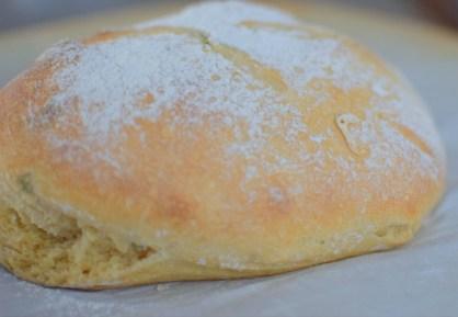 Artisan Basil Bread & Lime Butter-009