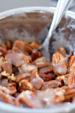 Hickory Smoked Candied Pecans-005