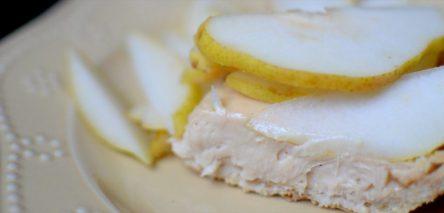 Salted Caramel Pear Cream Pie-014