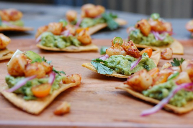 Spicy Shrimp and Guacamole Nacho Bites