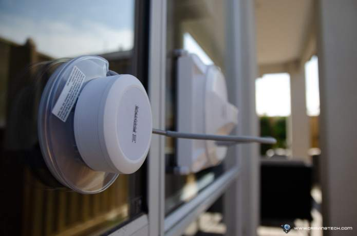 ECOVACS WINBOT X Review- Suction cup