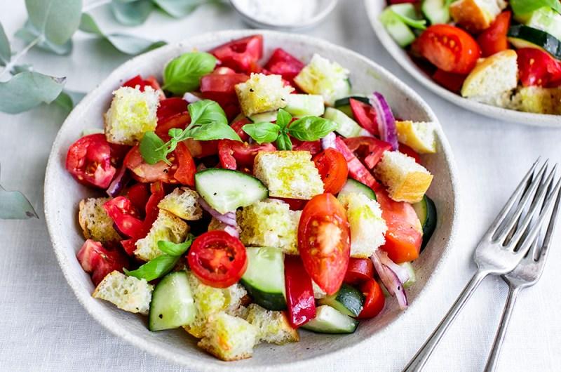 Quick and Easy Summer Panzanella Salad