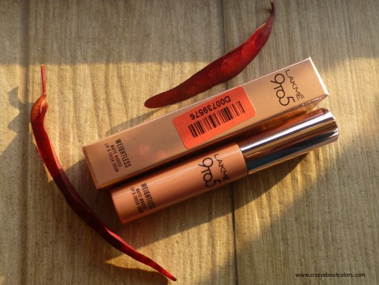 Lakme 9to5 Mousse Lip & Cheek Color Plum Feather