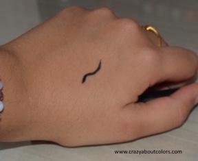 Sugar Cosmetics Eye Told You So Eyeliner Black Swan