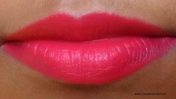 Lakme 9to5 primer + matte lipstick Crimson Cue