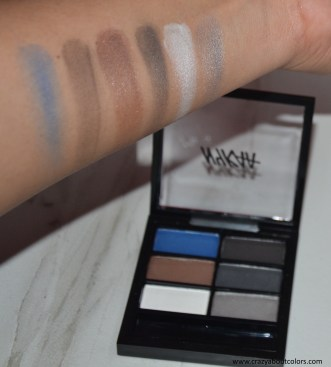 Nykaa Just Wink It Eyeshadow Palette Smokin Hot