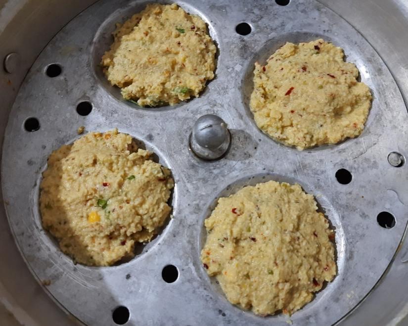 make-dhokla-in-idli-maker-oven