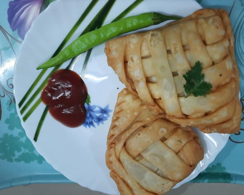 mat samosa serving plate