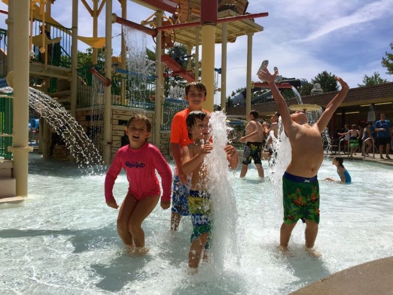 Things To Do In Wisconsin Dells With Kids: Noah's Ark