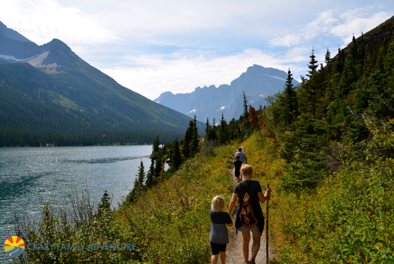 Hiking to Grinnell Lake in Many Glacier