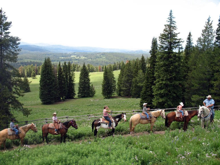 Togwotee Mountain Lodge Horseback Riding