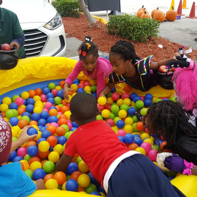Crazy Games Ball Pit Large Inflatable