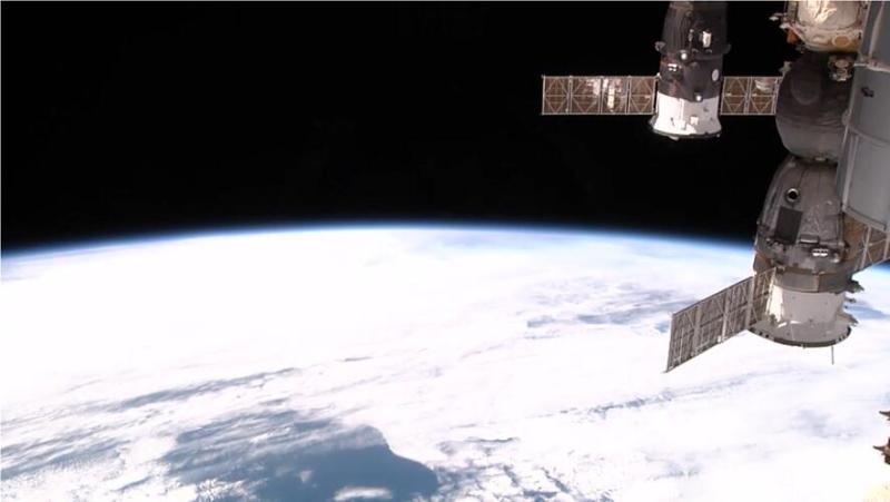 Widok Ziemi z kaery zainstalowanej na Międzynarodowej Stacji Kosmicznej. Fot. NASA