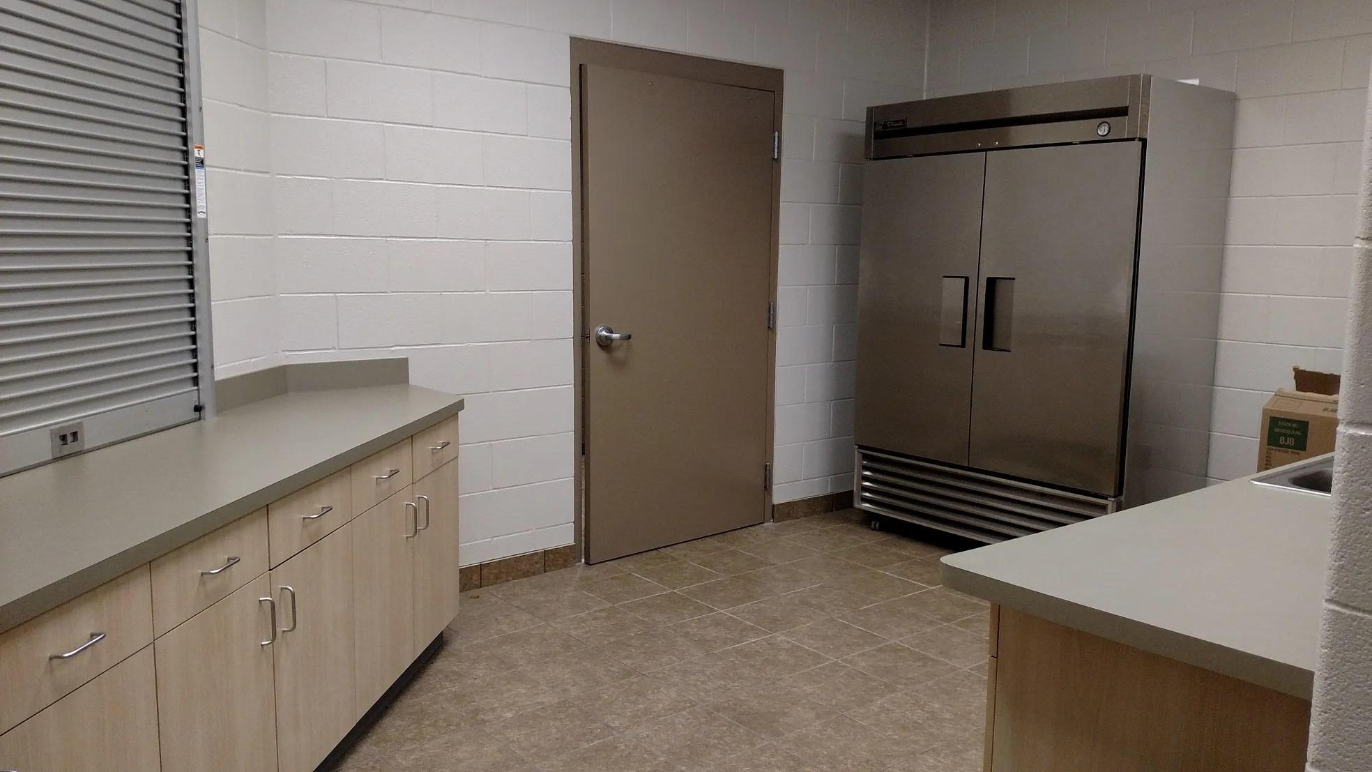 side room kitchen