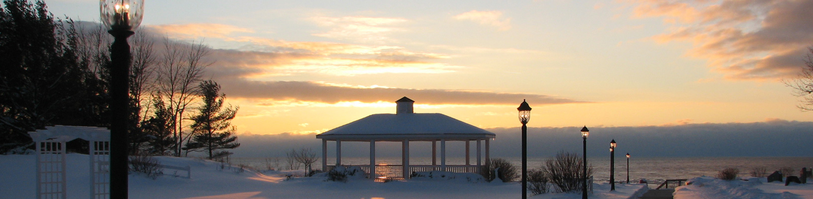 slide-winter-gazebo