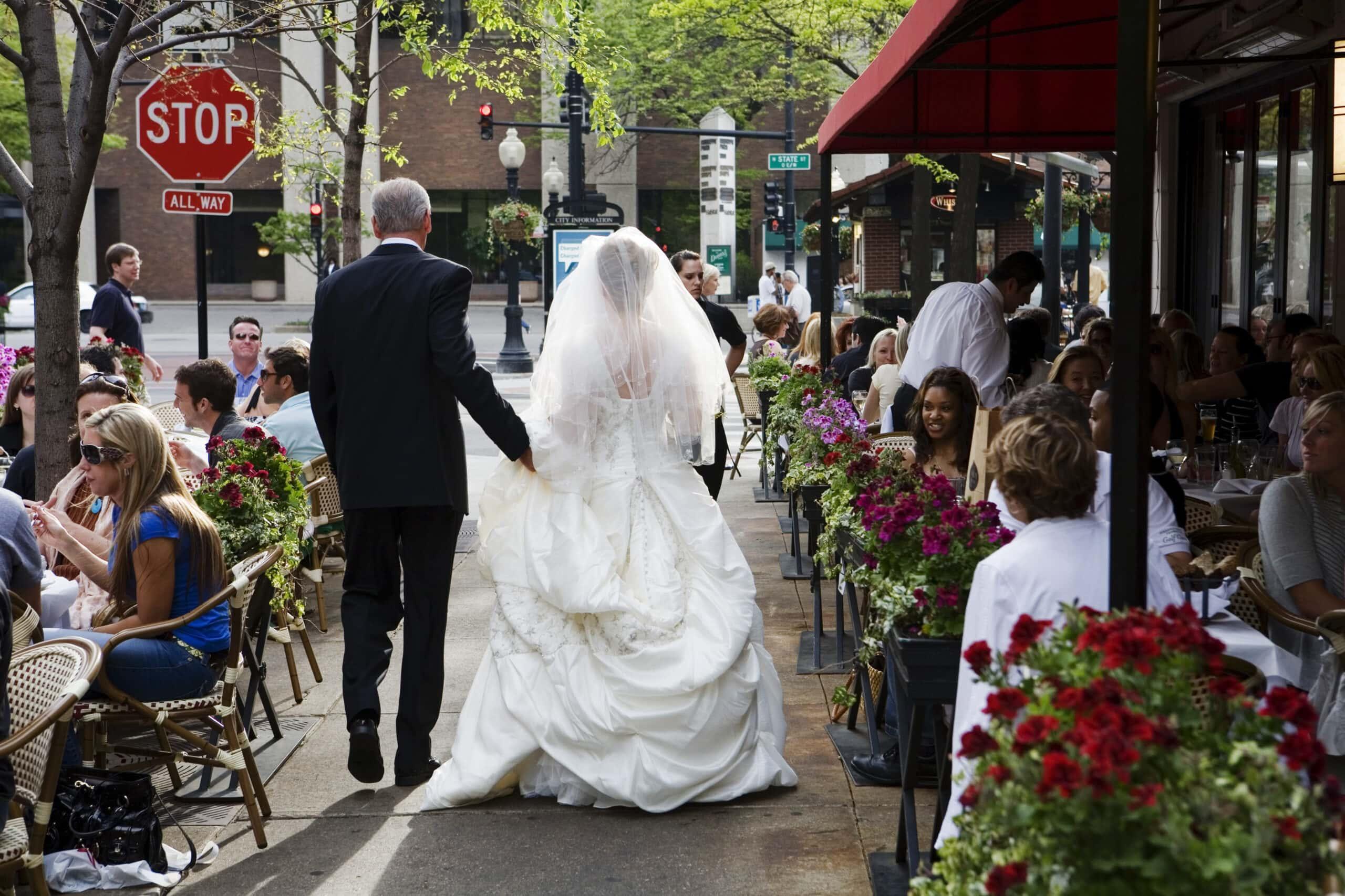 Milwaukee WI Photographers Outdoor Wedding Venues