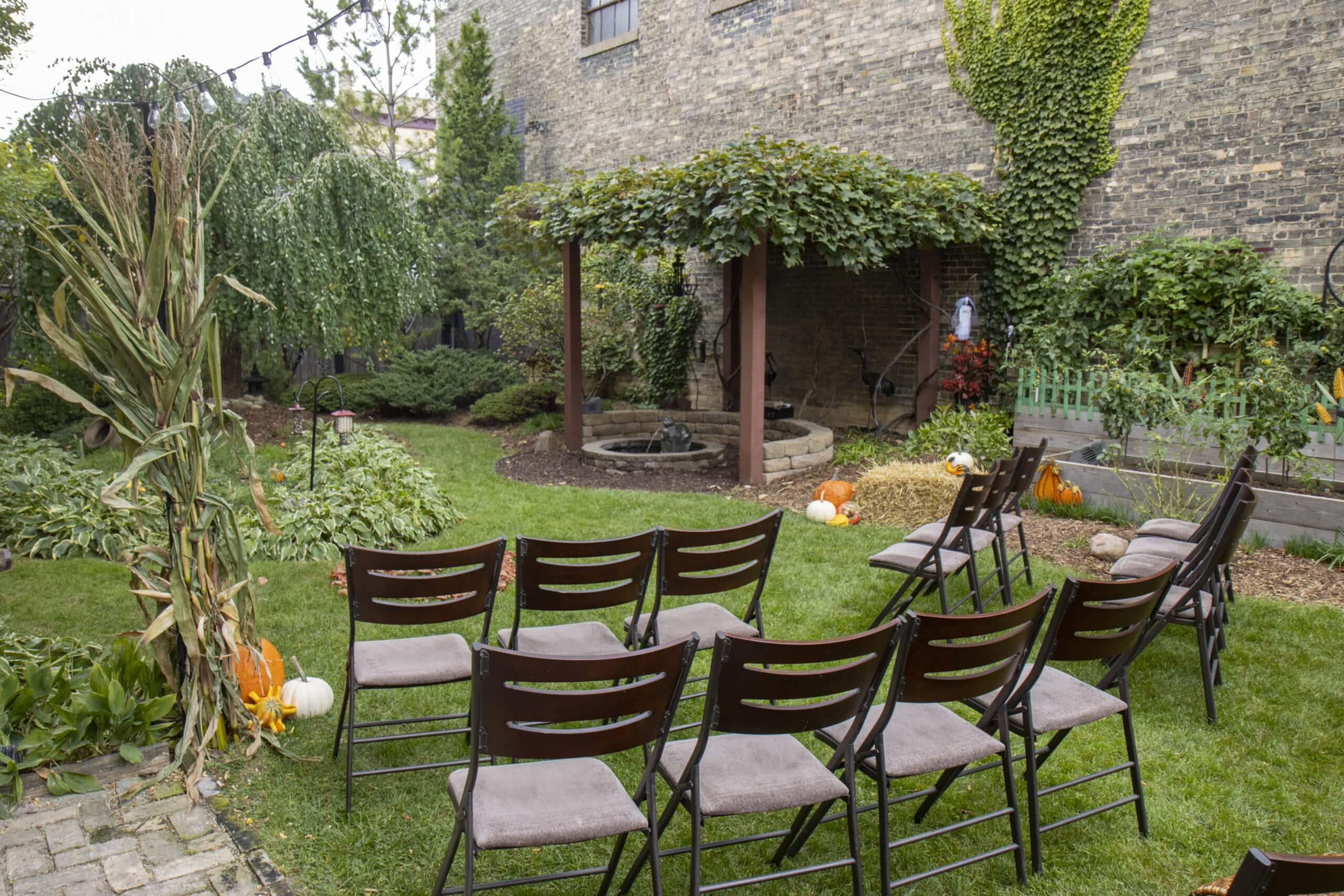 Outdoor Wedding Garden Photographer Milwaukee WI