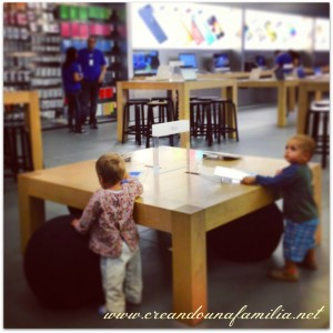 niños en apple