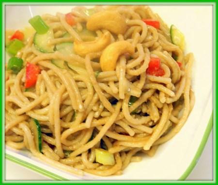 Vegetarian Noodle Salad - Bizzy Bakes