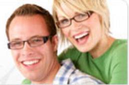 GlassesUSA Couple