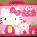 Hello Kitty Tin with Cupcakes