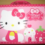 Hello Kitty Tin with Cupcakes