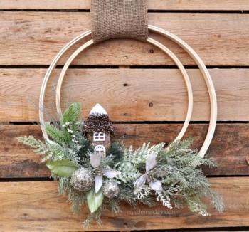 Woodland-Holiday-Embroidery-Hoop-Wreath