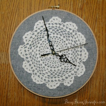 DIY - Doily Clock
