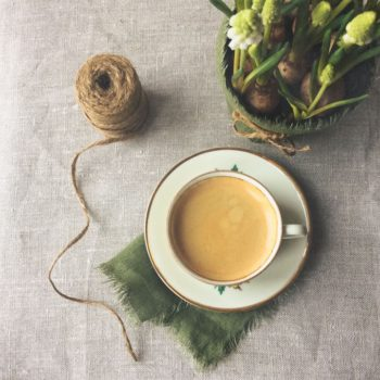Coffee-and-spring-flowers