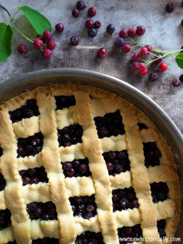 Juneberry-Pie