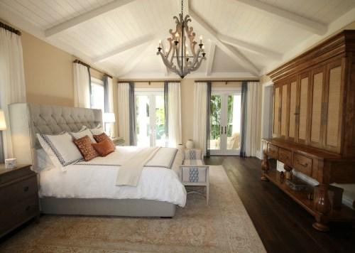 Layered Bedding - Headboard