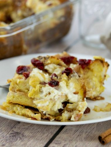 Easy Breakfast Strata With Cranberries