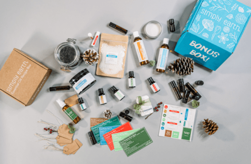 Simply Earth December Gift Box
