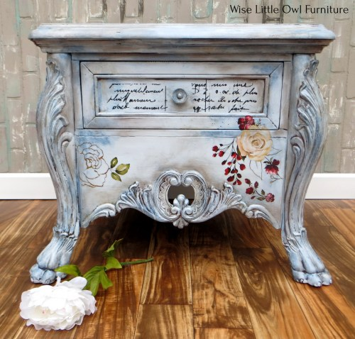 Elegant Vintage Table