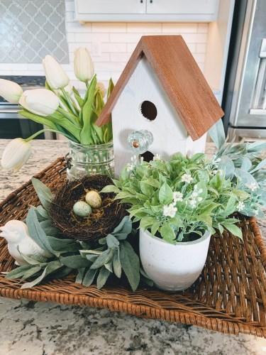 Friendship Friday - Birdhouse Decor