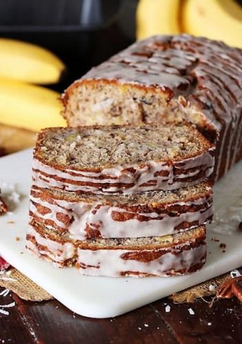 Hummingbird-Banana-Bread-Cake