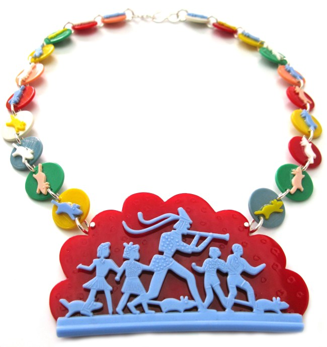 Pied-Piper-Necklace-Liana-Kabel-650x690