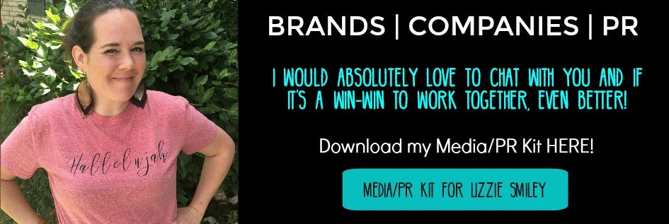 PR KIT | MEDIA KIT | LIZZIE SMILEY | WORK WITH ME | BRANDS PR KIT