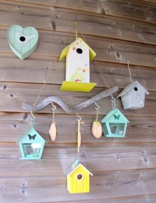 Buitendecoratie geel met wit - Creatief en Simpel - Ga naar onze site voor meer informatie en andere leuke ideeen om zelf te maken